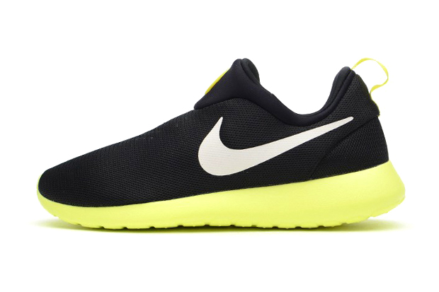 Nike Roshe Run Slip On Black/Volt