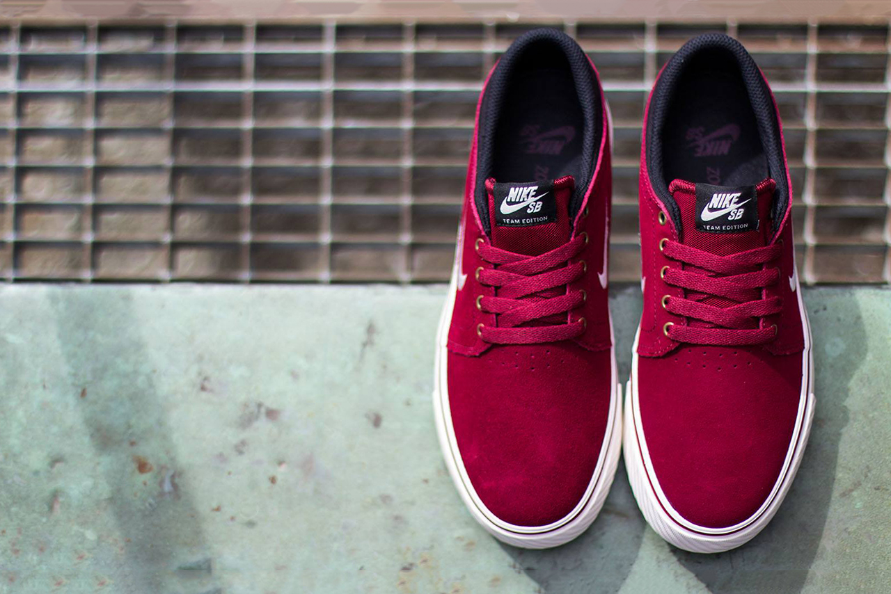 nike sb zoom team edition team red sail black