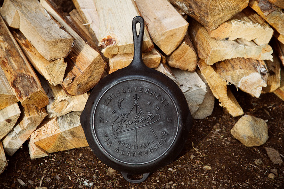 poler brings good cooking outdoors with the skillet