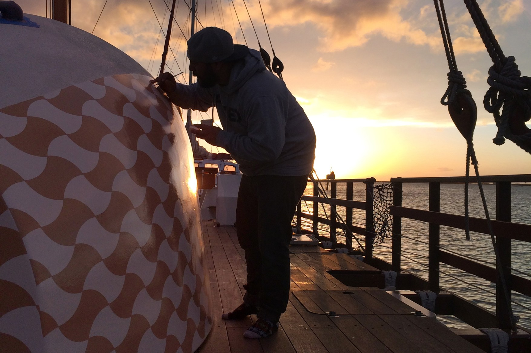 "POW! WOW! Hawaii x Polynesian Voyaging Society ""Hokule'a's Worldwide Voyage"" Project"