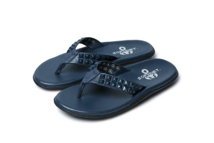 SOPHNET. x Island Slipper Stud Sandals