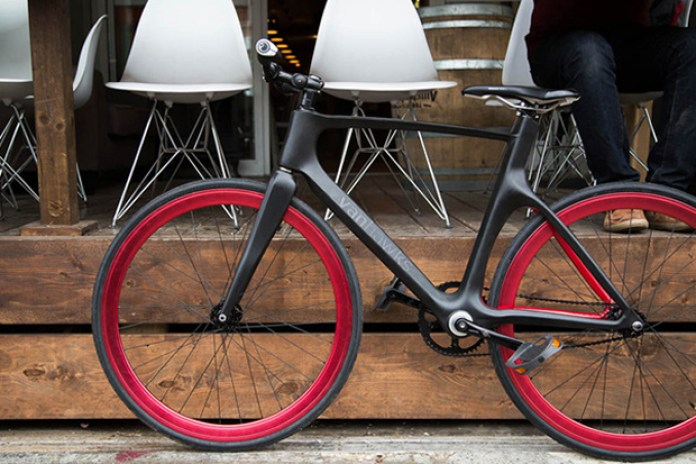 "Vanhawks Valour: The World's First ""Connected"" Bike"