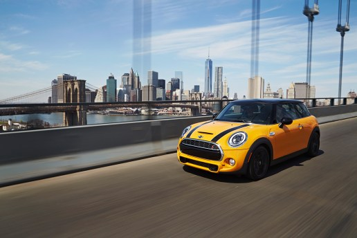 A Closer Look: The 2014 MINI Cooper S Hardtop