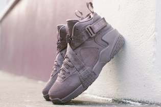 A Closer Look at the Pigalle x Nike Air Raid