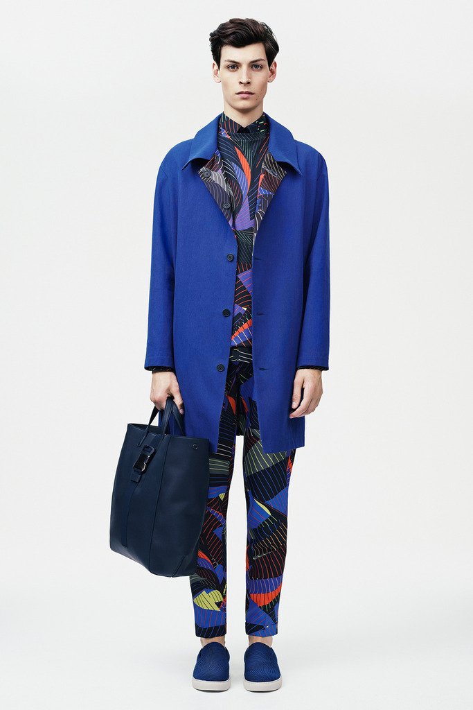 http://hypebeast.com/2014/6/christopher-kane-2015-spring-collection