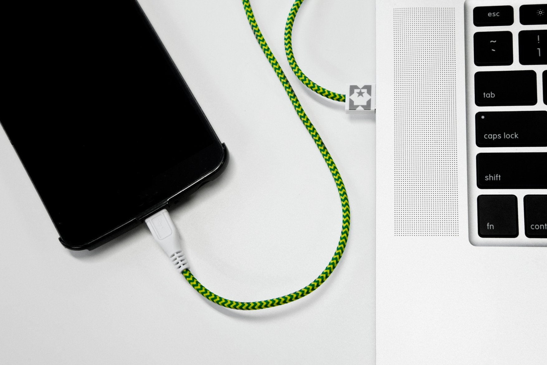 Eastern Collective 2014 Spring/Summer iPhone Cables