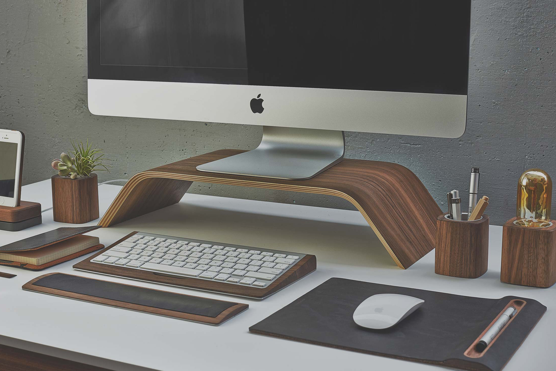 grovemade premium desktop collection
