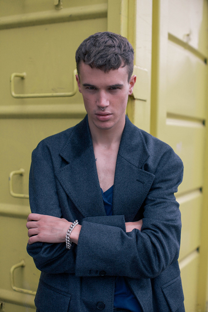 "Maison Martin Margiela 2014 Fall/Winter ""Backstreet Decadence"" Editorial"