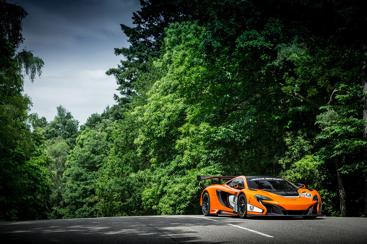 mclaren debuts its track ready 650s gt3