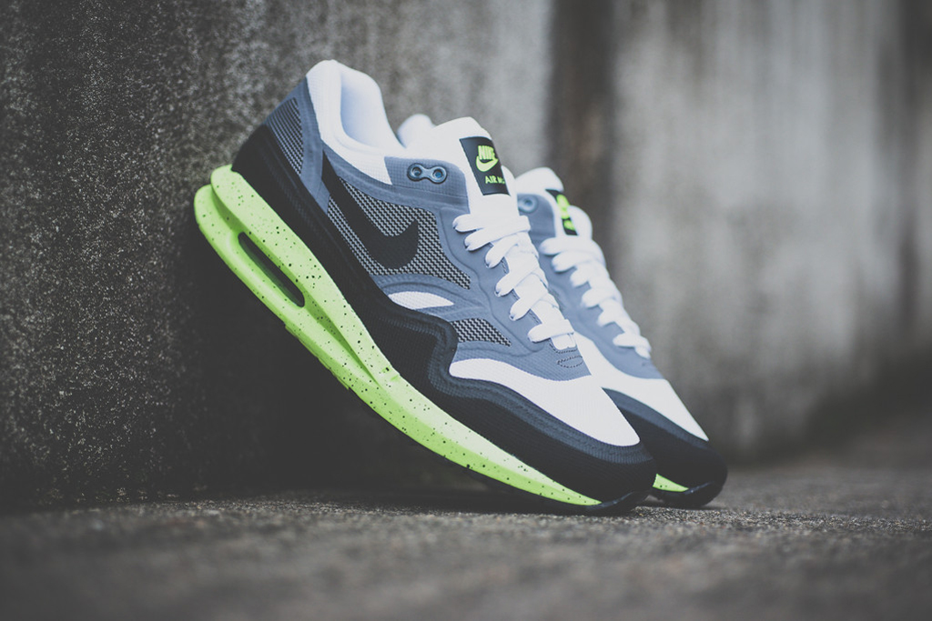 nike air max lunar1 black grey volt