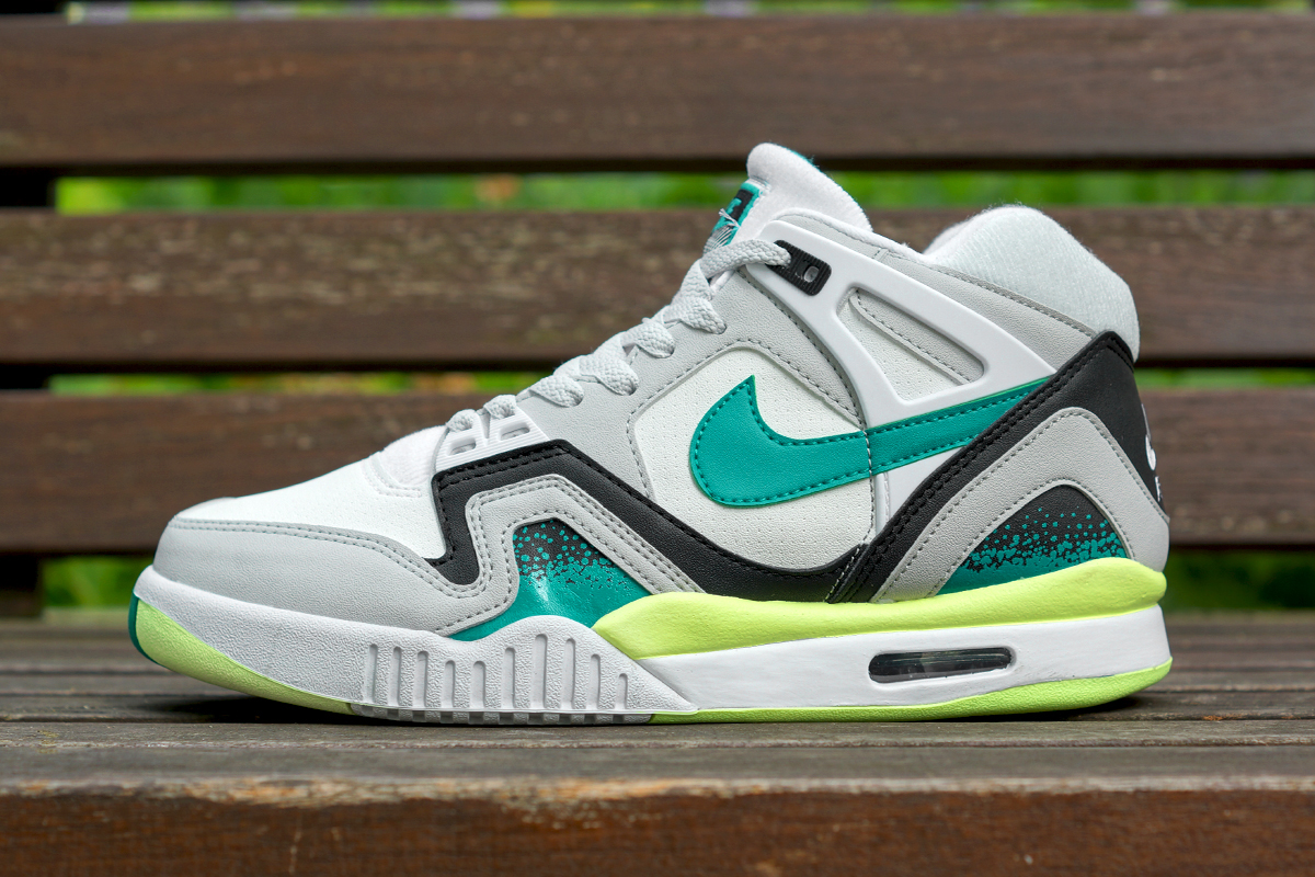nike air tech challenge ii white turbo green neutral grey
