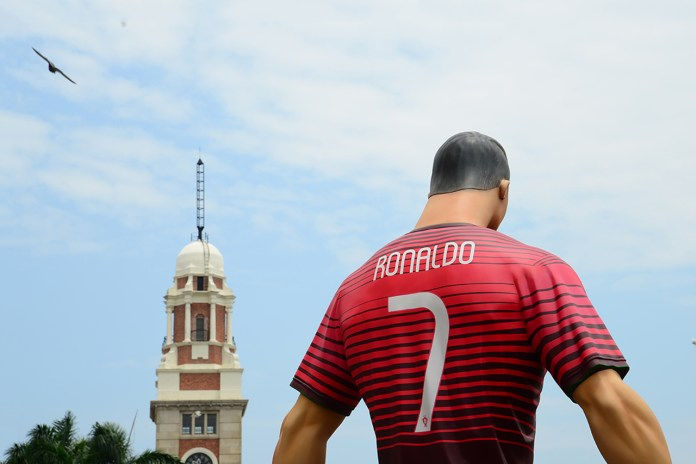 "Nike Football ""The Last Game"" Mega-Sized Footballer Figures"