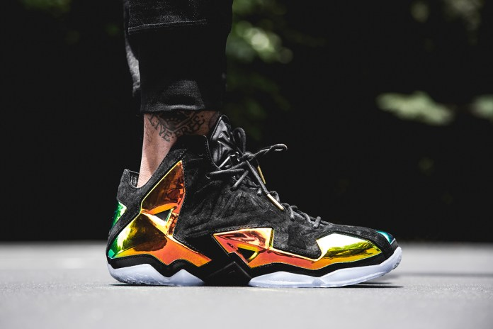 "Nike LeBron 11 EXT QS ""King's Crown"""