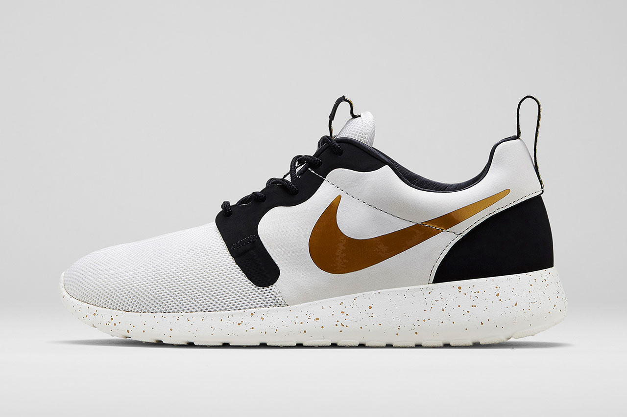 http://hypebeast.com/2014/6/nike-sportswear-2014-summer-gold-hypervenom-collection