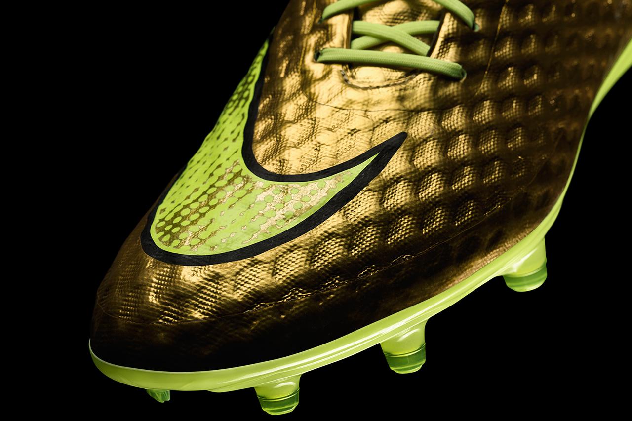 nike unveils the hypervenom phantom gold special edition for neymar