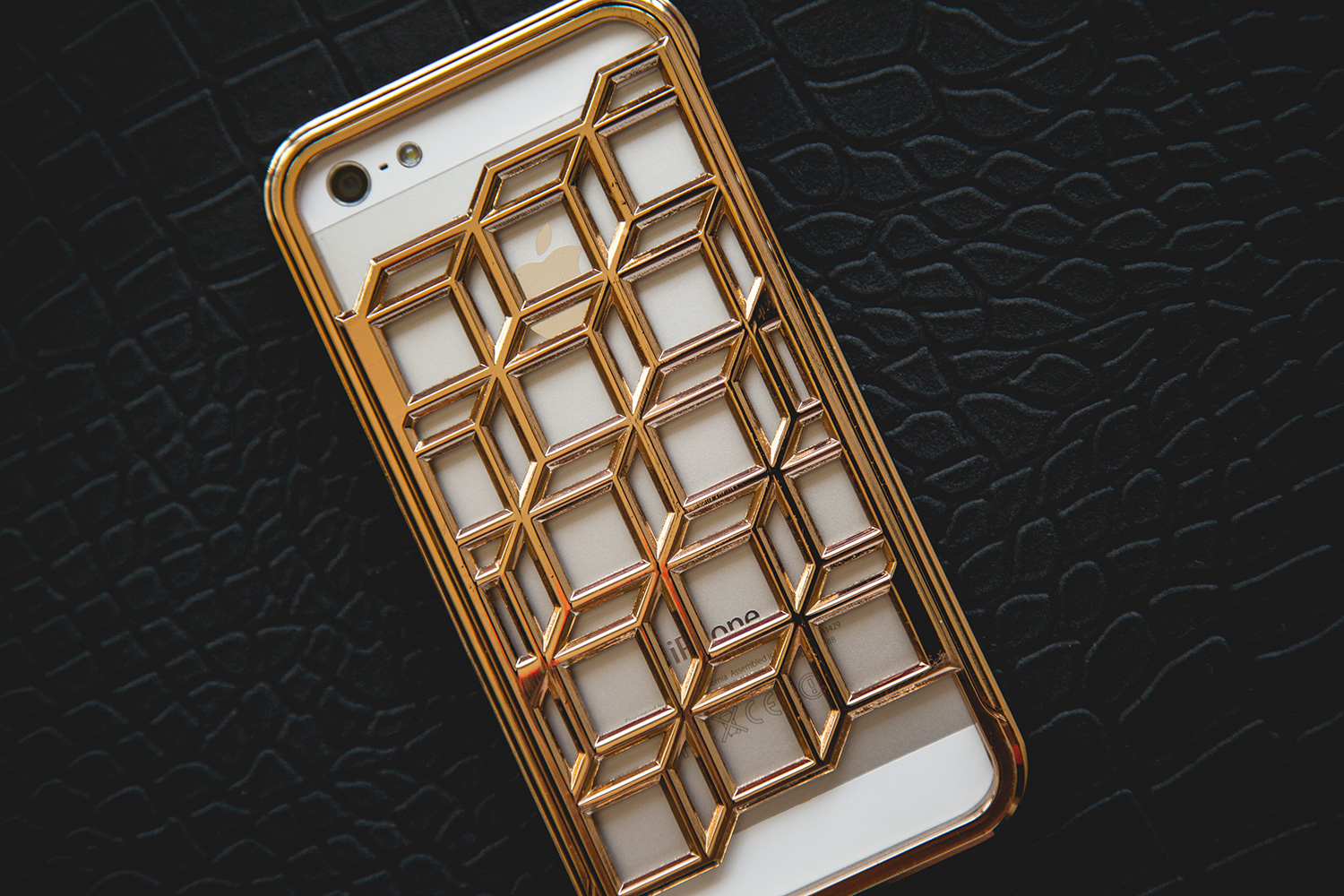 pierre hardy x case scenario blitz tech edition iphone 5 5s case