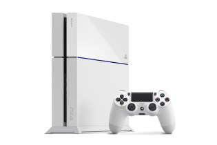 Sony to Launch a Glacier White PS4 This Fall