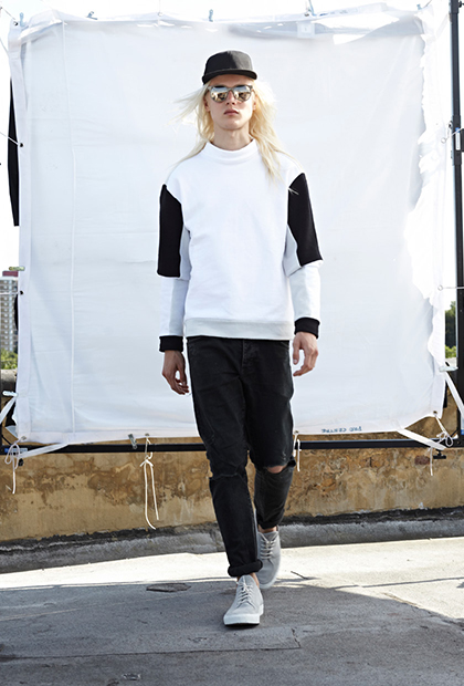 "Tourne De Transmission 2015 Spring/Summer ""HERE"" Lookbook"