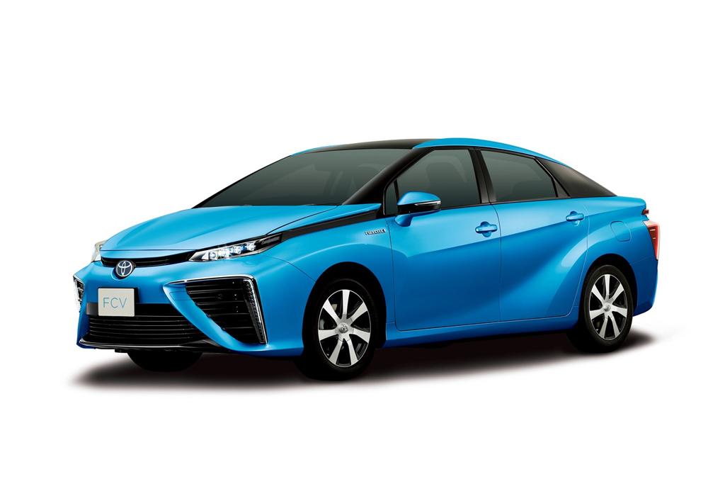 Toyota Reveals New Hydrogen Fuel Cell Sedan