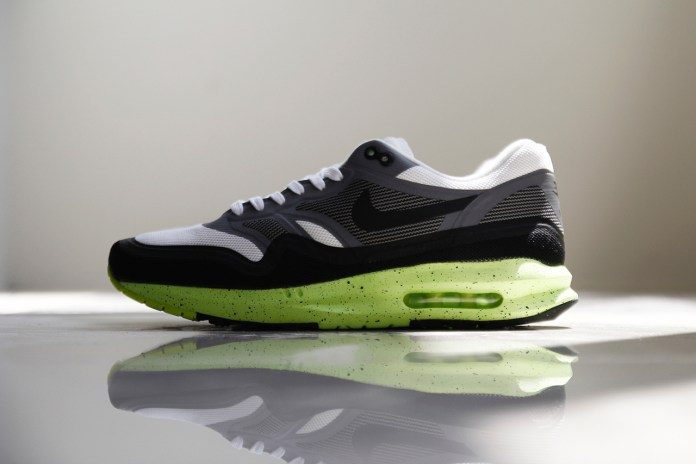 A Closer Look at the Nike Air Max Lunar1 White/Cool Grey-Volt-Black