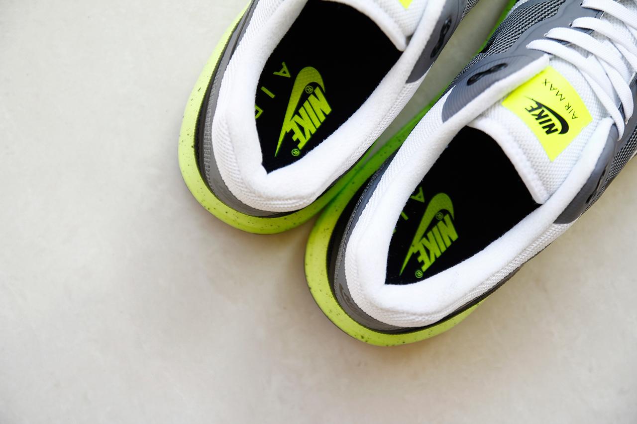 A Closer Look at the Nike Air Max Lunar1 White/Cool Grey-Volt-Black