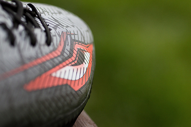 "A Further Look at the adidas Predator Instinct ""Eyes"""
