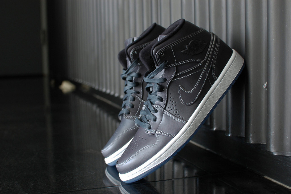 Air Jordan 1 Mid Nouveau Wolf Grey/White