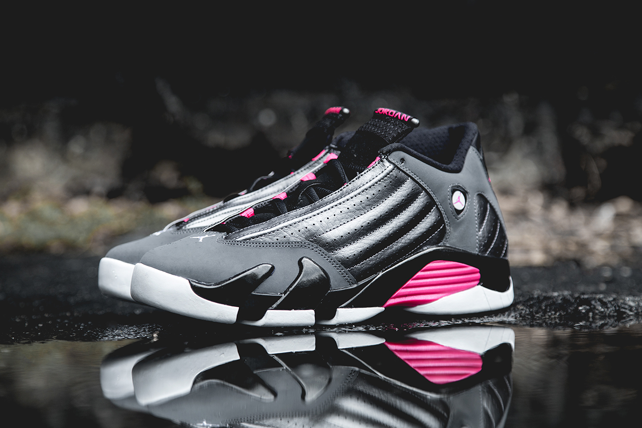 Air Jordan 14 Retro Dark Grey/Hyper Pink