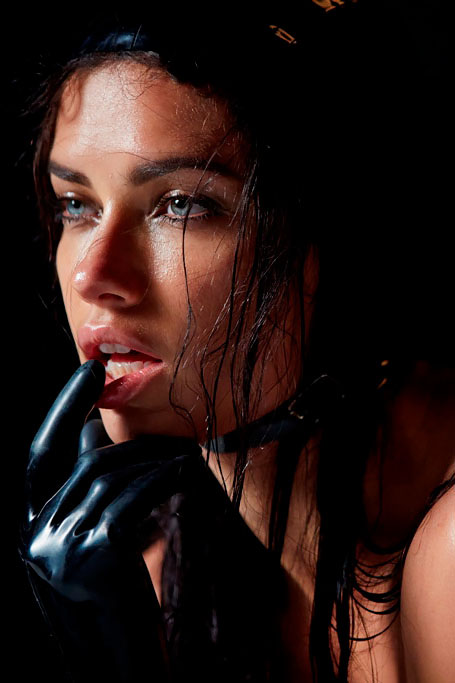 behind the scenes of pirellis 2015 calendar