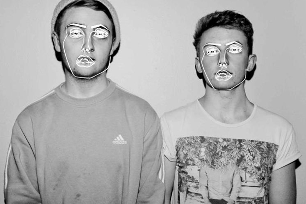 Disclosure – When a Fire Starts to Burn (C2C Remix)