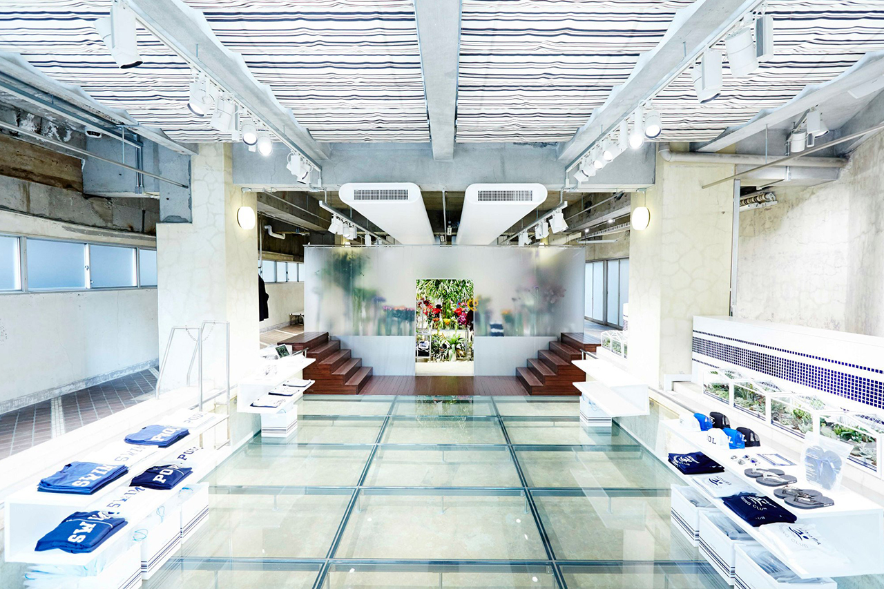 """Floral Shop """"AMKK"""" by the POOL aoyama"""