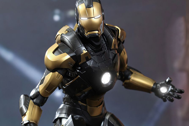 Hot Toys Iron Man 3 PYTHON MARK XX 1/16 Scale Collectible Figures