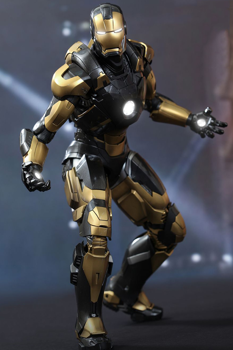 hot toys iron man 3 python mark xx 1 16 scale collectible figures