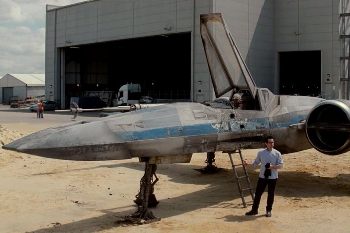 J.J. Abrams Reveals the X-Wing from Star Wars Episode VII