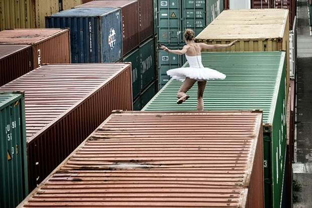 jr women are heroes container ship