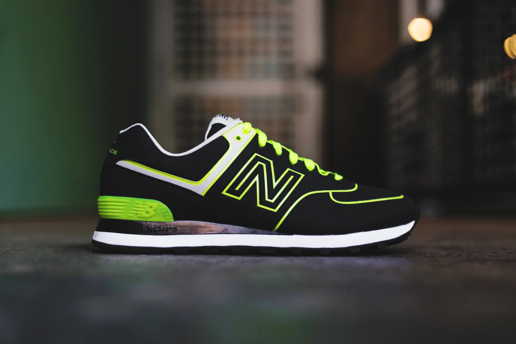 new balance m574 neon