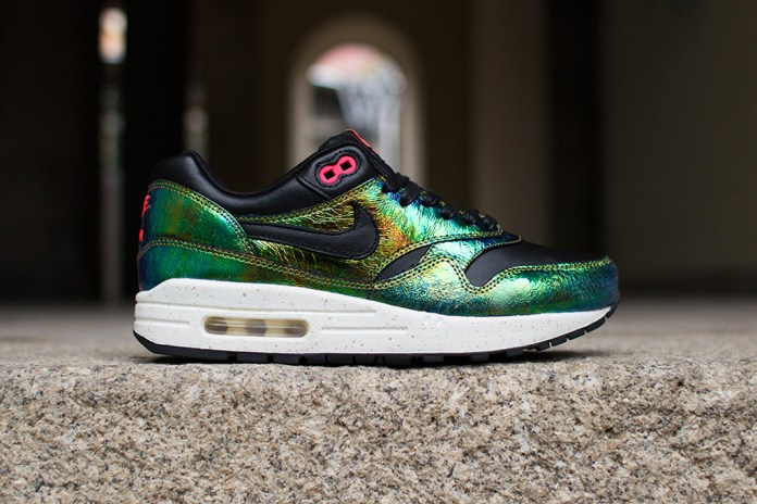 "Nike Air Max 1 SUP QS ""Trophy"""