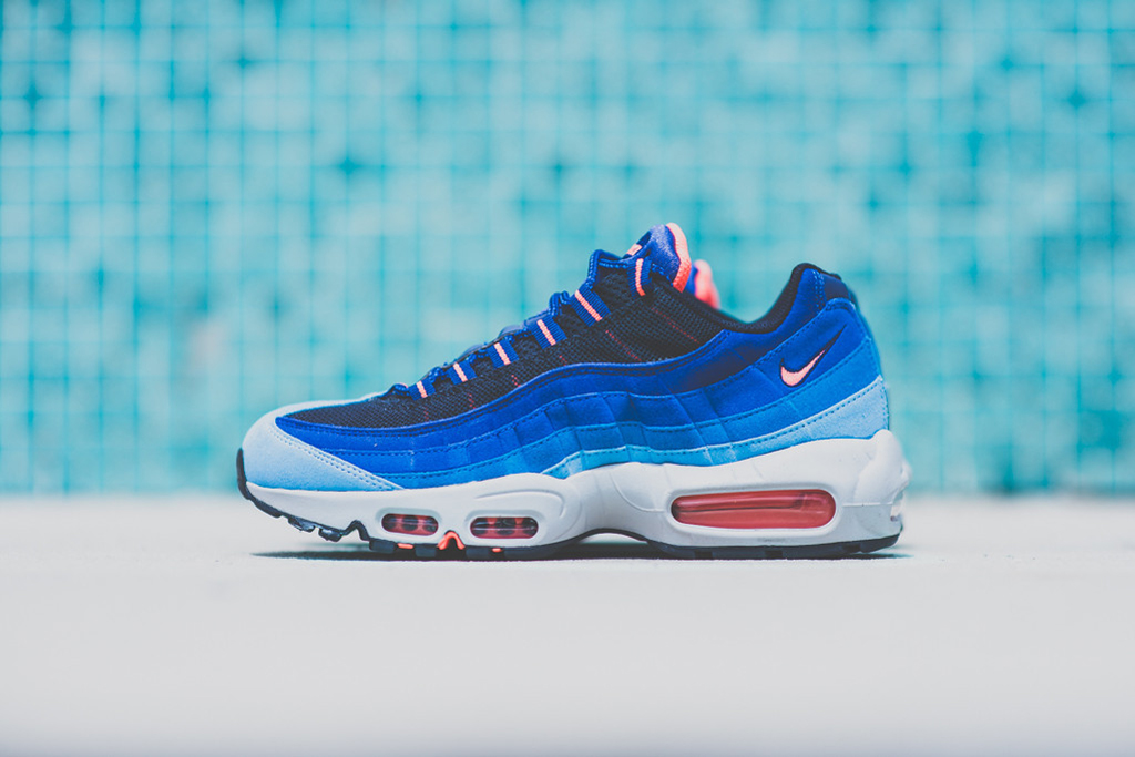 nike air max 95 university blue bright mango
