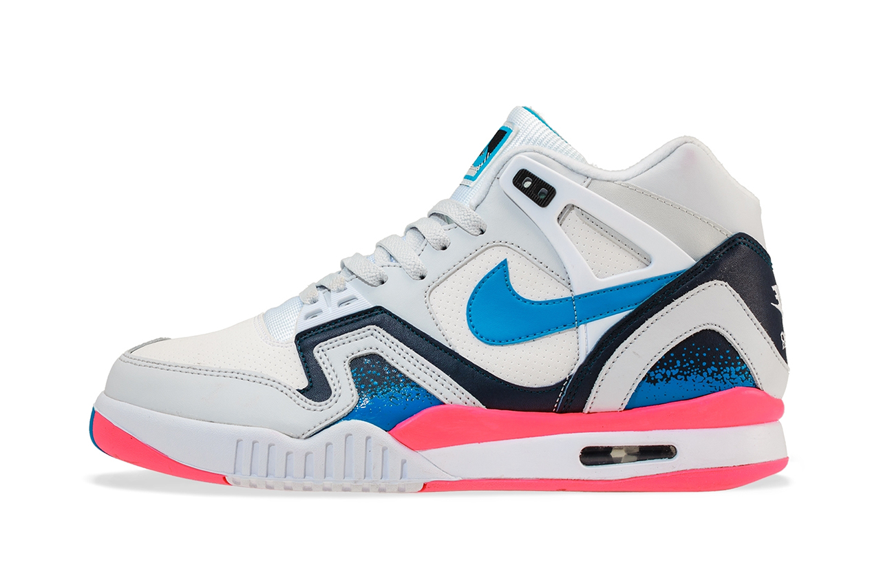 nike air tech challenge ii white photo blue pure platinum medium navy