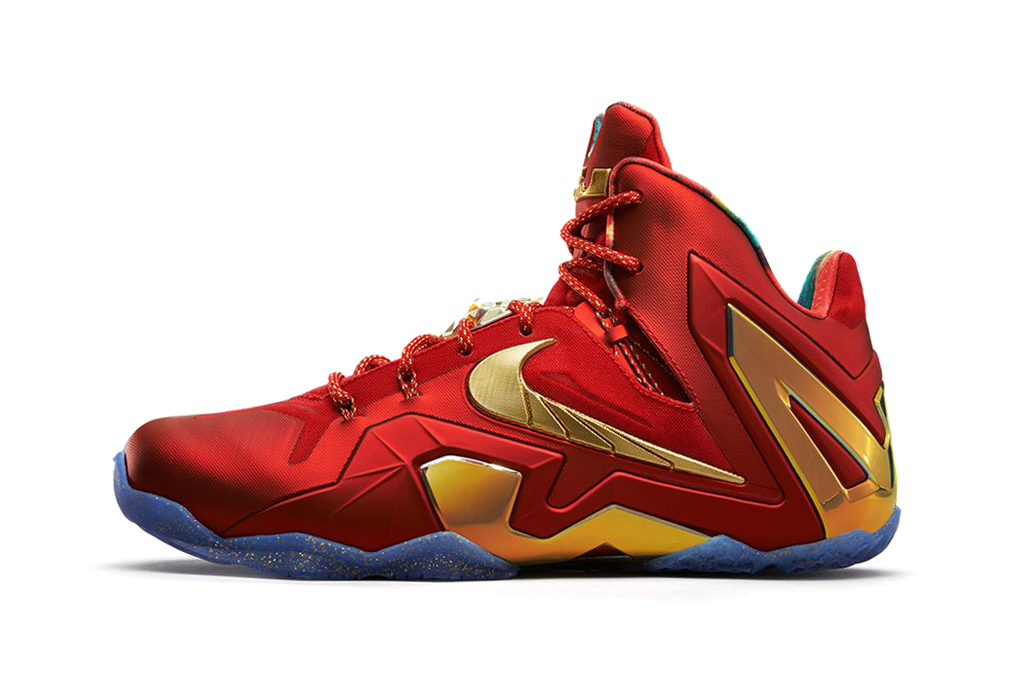 nike lebron 11 elite se university red metallic gold