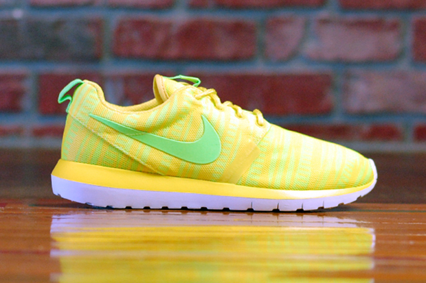 "Nike Roshe Run NM Breeze ""Chrome Yellow"""