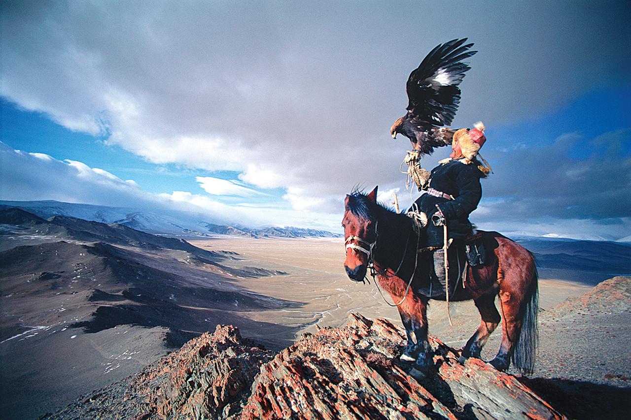 "Patagonia Releases ""Birds of Prey"" Book"