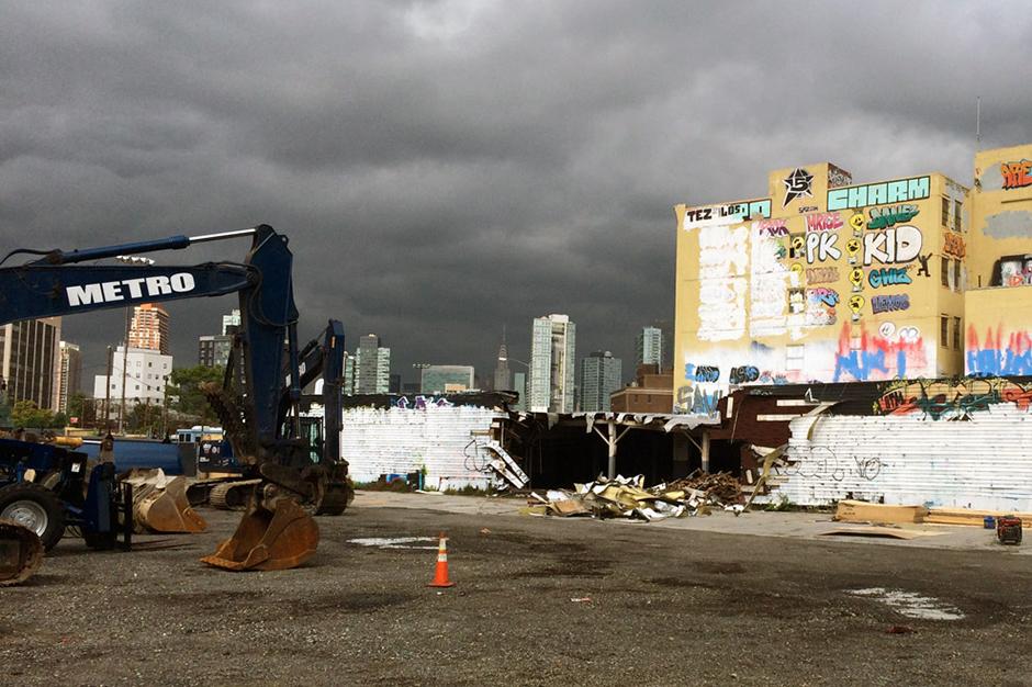 Demolition Has Started on New York's Iconic Graffiti Mecca 5Pointz