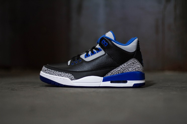 "A Closer Look at the Air Jordan 3 Retro ""Sport Blue"""