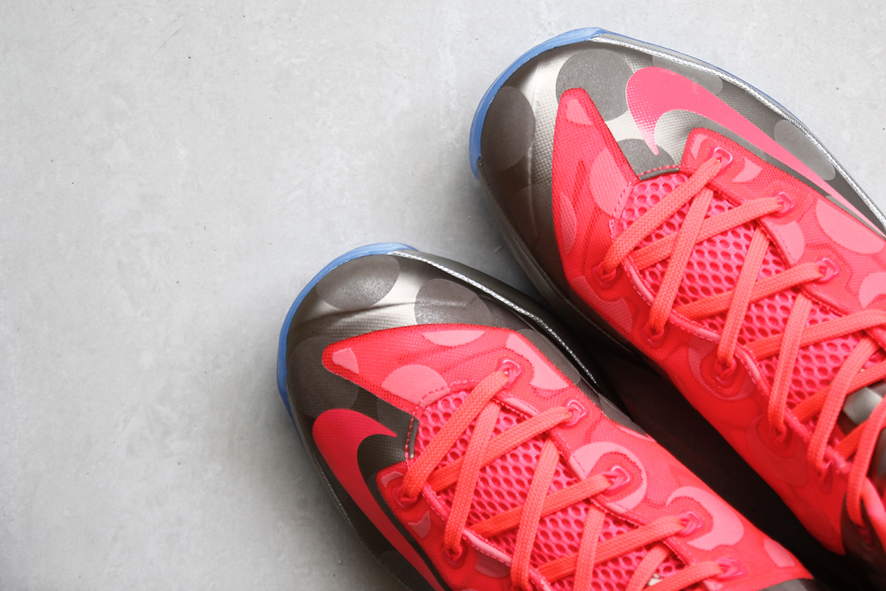 A Closer Look at the Nike LeBron 11 Low Metallic Zinc/Hyper Punch-Ice