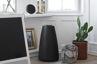 B&O PLAY S8 Wireless Speaker System