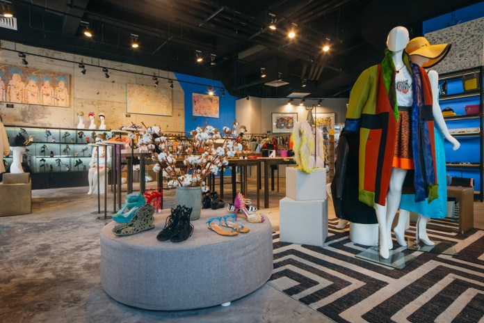 Farfetch Searches for 2014's Superstore