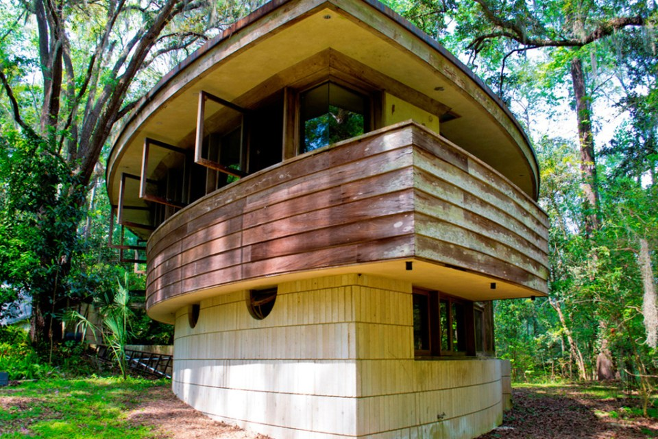 Frank Lloyd Wright S Hemicycle Spring House Looking To Raise 100 000 Usd For Restoration