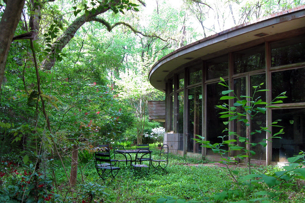 frank lloyd wrights hemicycle spring house looking to raise 100000 usd for restoration