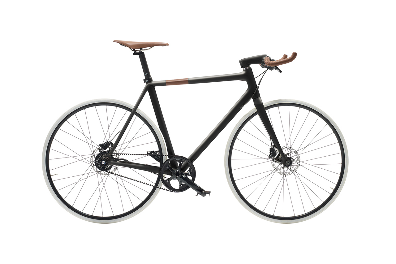 Hermès Le Flâneur Sportif d'Hermès Carbon Bike
